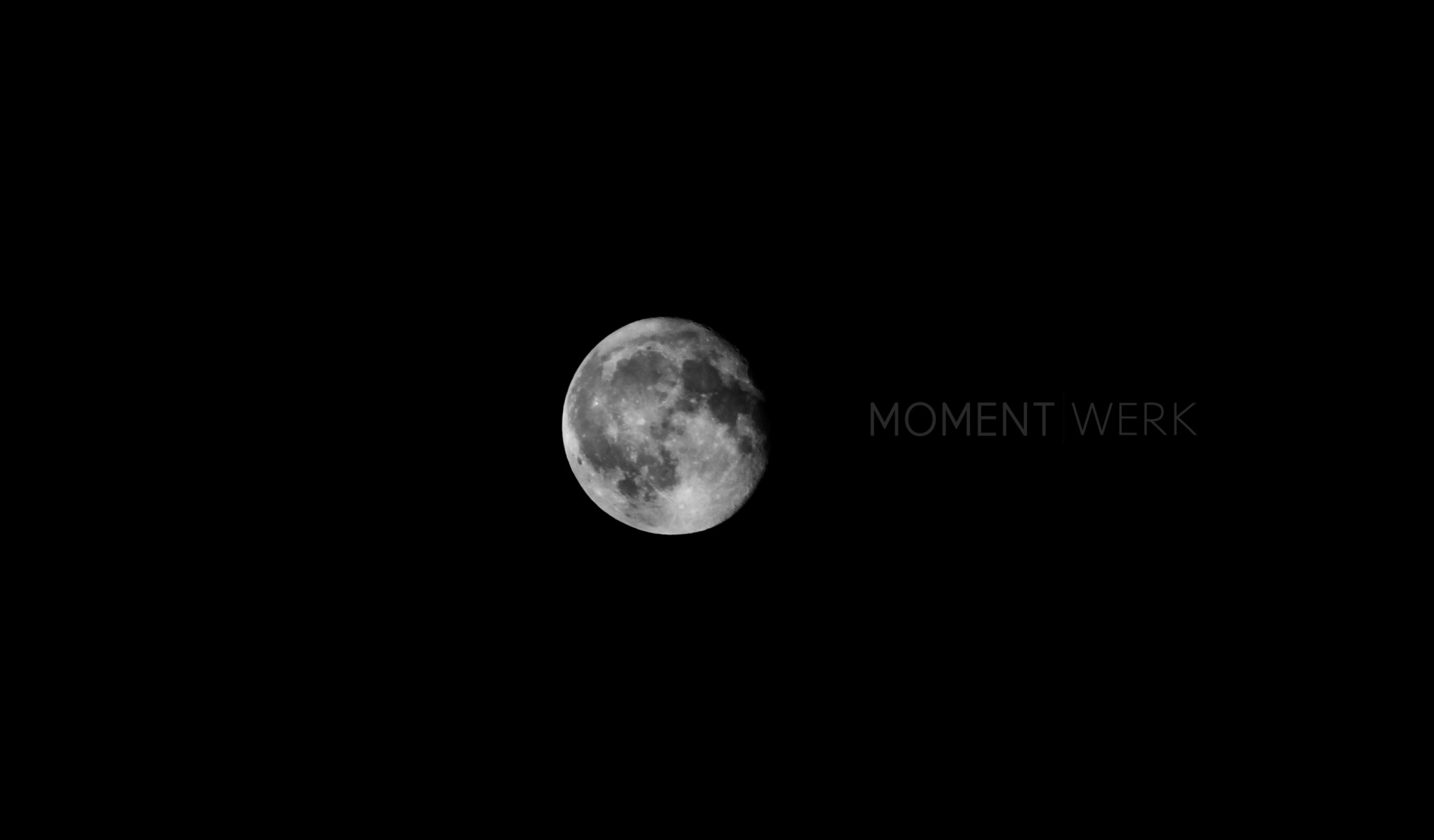 Mond Shooting